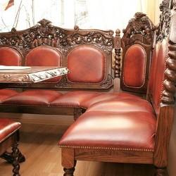 Sofa narożna w starym stylu