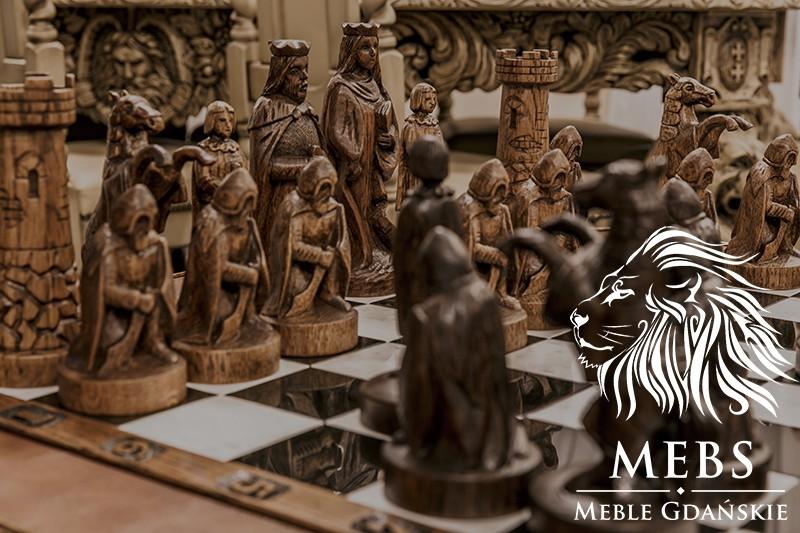 gra w szachy wieża