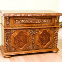 Meble stylowe ręcznie rzeźbione w litym drewnie