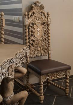 Krzesło pozłacane do pałacu