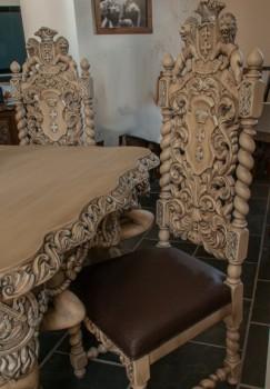 Krzesło rzeźbione pozłacane