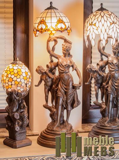Lampka rzeźbiona
