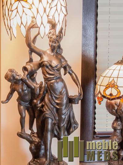 Lampa rzeźbiona
