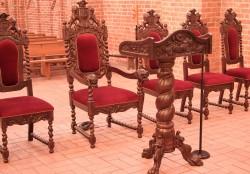 Stylowe meble do Kościoła