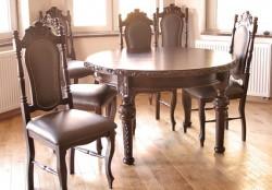 Stół okrągły z krzesłami do jadalni