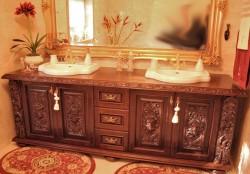 Szafka łazienkowa w starym stylu