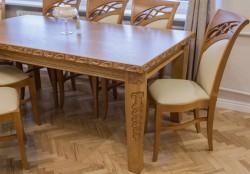 stół stylizowany rozkładany