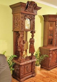 Zegar Gdański rzeźbiony ręcznie