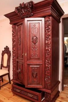 W Mega Dwudrzwiona szafa ubraniowa, z jedną szufladą na dole - pięknie BG67