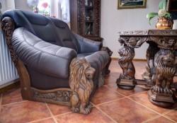 Wypoczynek skórzany z lwami